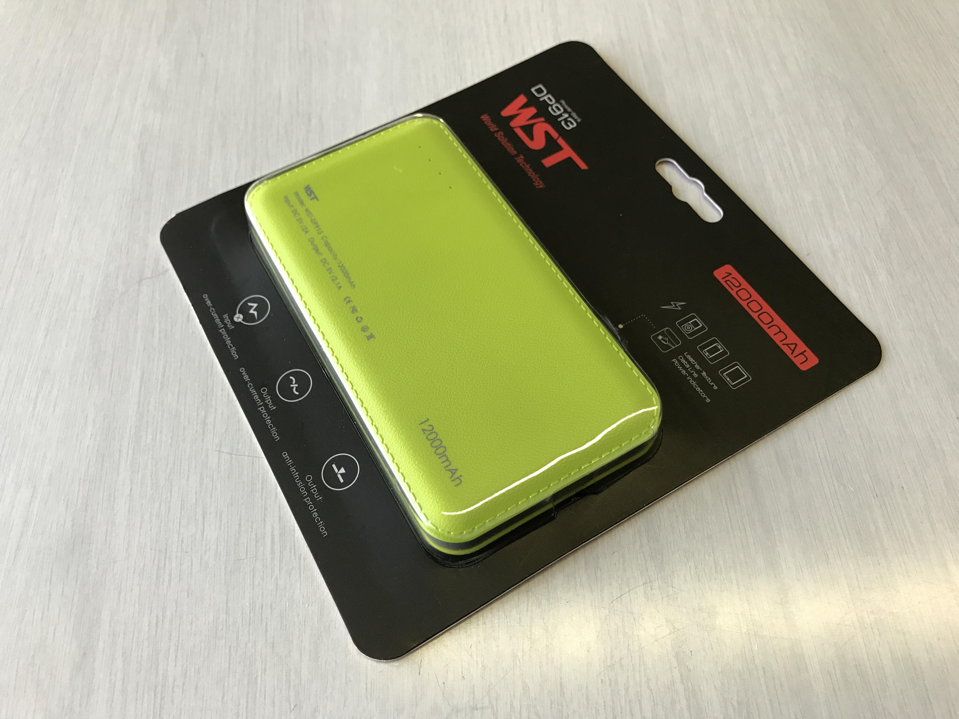モバイルバッテリーWSTケーブル内蔵12000mAHpower bankの表面