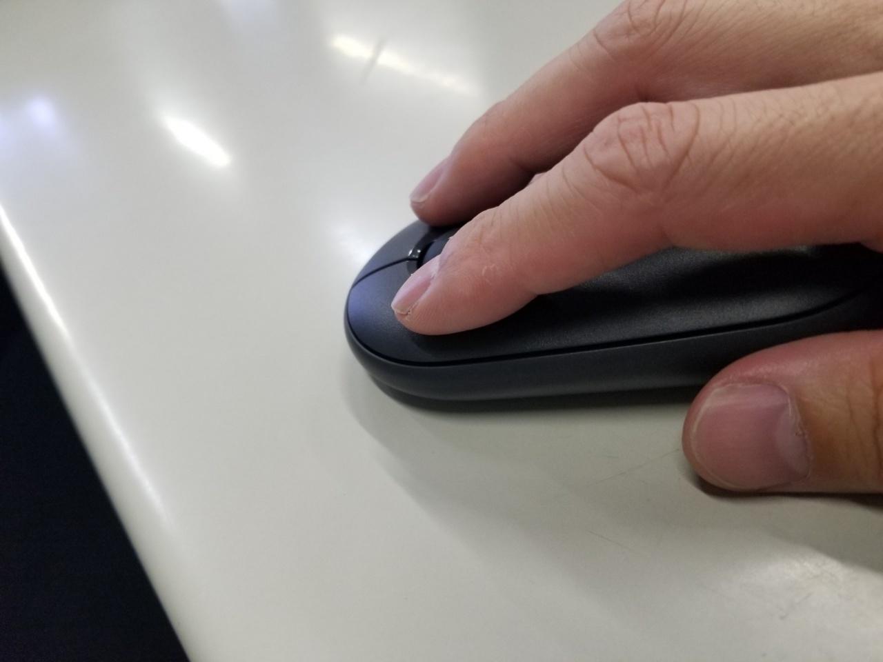 Pebble M350のマウスボタン